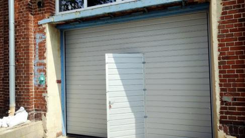 Do wynajęcia ogrzewany magazyn 320 m2 w okolicach Robotniczej dzielnica Fabryczna