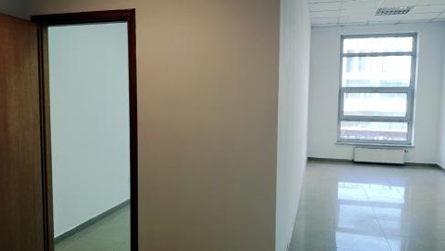 Do wynajęcia biuro 38 m2 dwa pokoje przy Strzegomskiej dzielnica Fabryczna
