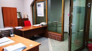 Do wynajęcia lokal 19 m2 na parterze przy Ruskiej 23 dzielnica Stare Miasto oferta bez prowizji dla biura
