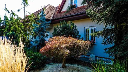 Do sprzedania dom o powierzchni 241 m2 na działce 1120 m2 w Kamieńcu Wrocławskim