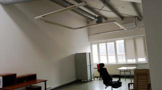 Do wynajęcia biuro 19.6 m2 przy Brucknera dzielnica Psie Pole
