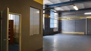 Do wynajęcia hala 600 m2 przy Robotniczej dzielnica Fabryczna